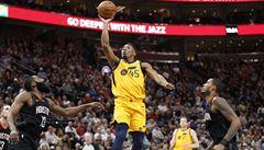 NBA: Rozehrávač Satoronský napomohl dvěma body k výhře Washingtonu nad Phoenixem