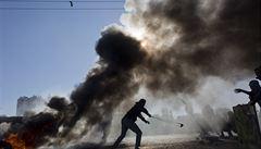 Izrael bombardoval pozice Hamásu v Pásmu Gaza, několik lidí je zraněných