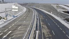 Na opravy silnic a dálnic se zvýší výdaje o desetinu na 11,4 miliardy korun
