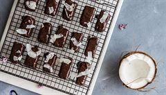Vánoční sladkosti? Zkuste kokosové tyčinky v čokoládě