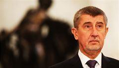 Sněmovna bude jednat o důvěře Babišově vládě, před poslanci promluví Zeman