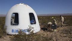 Jeff Bezos poslal 'Skywalkera' do vesmíru. Jeho raketa poté bezpečně přistála