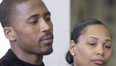 Záhada smrti hráče NBA je rozluštěna. Po 7 letech byla obviněna z vraždy exmanželka