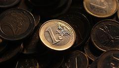 Zbytky peněz ze záchranného fondu EU investujte, radí experti