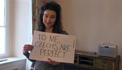 'Pro mě jsou Češi perfektní.' Britská velvyslankyně se rozloučila s Prahou vánočním videem