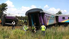 Při nehodě vlaku v JAR zemřelo nejméně 18 lidí. Dalších 260 je zraněných