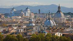 Turisté objevují římské památky za běhu