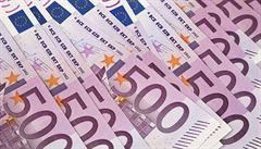 Bezdomovci ve Francii vyhráli 50 tisíc eur, los jim daroval zákazník trafiky