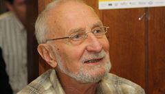 Popularizátora vědy Větvičku líbají múzy na cestách Českem