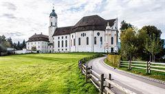 Počet katolíků a evangelíků v Německu prudce klesá. Loni přišla církev o 660 tisíc členů