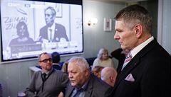 Neúspěšný kandidát Hynek chce odpovědi od Zemana i Drahoše. Zajímá ho Nejedlý či Kleindienst