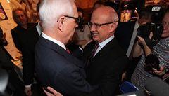 Koalice proti Zemanovi. Neúspěšní kandidáti vyrazili do Drahošova štábu. Chtějí ho podpořit