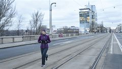 Libeňský most se v sobotu otevře pro tramvaje i auta. Jeho budoucnost je nejasná