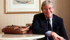 Zemřel spisovatel Peter Mayle. Autorovi románů z Provence bylo 78 let