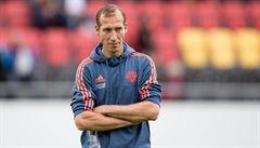 Kouč Kaiserslauternu dostal během přestávky infarkt, zápas zůstal nedohrán