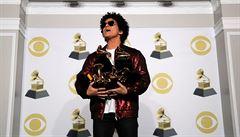 Bruno Mars ovládl ceny Grammy: má album, píseň i nahrávku roku