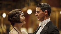 Lady Mary Crawleyová (Michelle Dockeryová) a Henry Talbot (Matthew Goode). Seriál Panství Downtown.