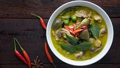 VIDEORECEPT: Pravá Asie. Jak na thajské zelené kari, poradí šéfkuchař