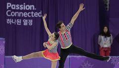 Dušková s Bidařem skončili čtrnáctí, ve světovém rekordu vyhrála Savchenková s Massotem
