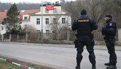 Usedlost Šatovka je prázdná, policie squattery zadržela