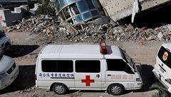Počet obětí zemětřesení na Tchaj-wanu vzrostl na 15. Těla nalezli v sutinách domu