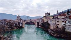 Vítejte na Balkáně. V zemích, kde ,pálí' politiky a kde ,zabíjecí kulturu' dráždí nevyzuté boty