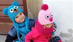 Stejné čepice pro děti a jejich rodiče. Do módy se dostává nový trend