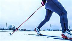 Běžkařský areál na pražském Vypichu vyzkoušely první den stovky lyžařů