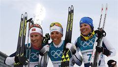 První zlato ZOH získala Švédka Kallaová ve skiatlonu. Björgenová má 11. medaili
