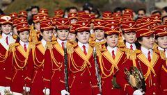 VIDEO: Kimova armáda krásek. Roztleskávačky z KLDR uchvacují i provokují