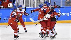 SLEDOVALI JSME ŽIVĚ: Čeští hokejisté jsou v semifinále, Němci šokovali Švédy