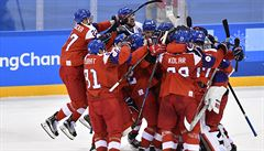 Čeští hokejisté budou bojovat o medaile, Američany zdolali po nájezdech