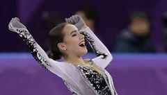 Mladou ruskou krásku (zatím) nezastavila dopingová přepadovka ani zkušenější parťačka