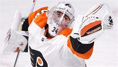 NHL: Mrázek byl po čtyřech gólech střídán, ale za branky nemohl