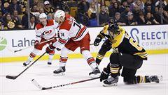 NHL: Krejčí se za Boston podílel asistencí na 800. bodu Nashe