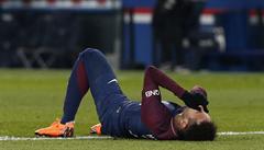 Zákaz mobilů: brazilská nemocnice chrání svou zraněnou fotbalovou hvězdu