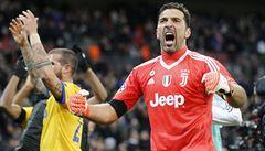 Infarktový závěr. Juventus po obratu zachránila v 90. minutě tyč