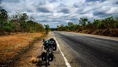 Na kole přes Afriku: Srážka v Ghaně. 'Něco křuplo'