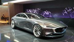 Mazda láká na krásné koncepty a benzínový motor budoucnosti