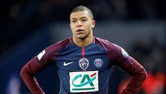 Mbappé dostal za surový zákrok trest na tři zápasy. Vyšetřován je i Neymar za útok na fanouška