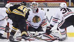 NHL: Krejčí asistoval u jediné branky Bostonu, který nakonec podlehl Chicagu