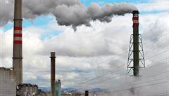 Firmám se vyplatí spíš zaplatit pokutu, než správně vykázat emise. Stát chce sankce zvýšit