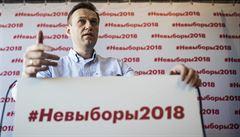 Zdraví Navalného se lepší, dýchá už bez přístroje a opouští lůžko. Podle expertů byl otráven paralytickou látkou