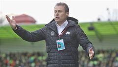 Nepřemýšlíme o tom, že bychom neuspěli, říká před derby trenér Sparty Hapal