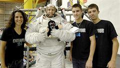 Na ISS míří český Krteček, vynese ho tam americký astronaut Andrew Feustel