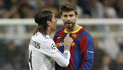 Pique: Na WhatsAppu máme s kluky z Realu Madrid společnou komunikační skupinu