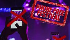 Festivalová revoluce: Colours of Ostrava nepovolí vnášet do areálu mobilní telefony