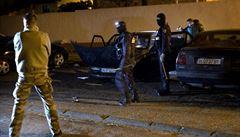 Policie v noci zadržela přítele střelce z francouzského supermarketu
