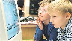 Děti tráví volný čas na sociálních sítích, pracovat s internetem je ale škola nenaučí