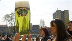 Velikonoce startují pivní sezonu. Pivovary nabízejí čím dál více speciálů